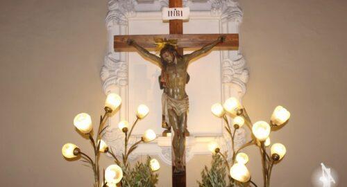 Jesús Crucificado volverá a procesionar con peana.